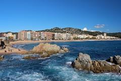 Lloret de Mar (Albert T M) Tags: mar catalonia catalunya costabrava cala lloret platja lloretdemar laselva catalogne mediterrani caladelloret