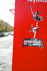 Lemus (motveggen) Tags: streetart pasteup bergen lemus gatekunst kvinne menneske streetartbergen