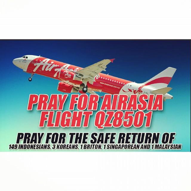 #pray #for #airasia #prayforairasia #keeppray #keepcalm #staystrong #surabaya #singapore #uk #london #malay #qz8501 #lost #flight #us