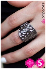 1718_fiercely_5thavenue_ring001