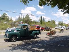 Bisbee, Arizona 4th of July Parade (Clay Gilliland) Tags: arizona chevrolet truck parade chevy bisbee july4 independenceday cochisecounty coasterrace bisbeecar