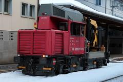 SBB Bahndiensttraktor Tm 234 215 - 2 am Bahnhof Gschenen an der Gotthard Nordrampe der Gotthardbahn im Kanton Uri der Schweiz (chrchr_75) Tags: alps train de tren schweiz switzerland traktor suisse swiss eisenbahn railway zug sbb tm locomotive alpen christoph svizzera bahn treno schweizer chemin centralstation reusstal uri fer januar locomotora tog ffs juna lokomotive lok ferrovia 234 spoorweg gotthard suissa 2015 locomotiva lokomotiv cff  locomotief 1501 kanton chrigu  rautatie  bahnen zoug trainen kantonuri  gotthardbahn chrchr hurni nordrampe chrchr75 bergstrecke chriguhurni gotthardnordrampe albumbahnenderschweiz ferroviarian chriguhurnibluemailch albumgottthardnordrampe albumbahngotthardnordrampe albumbahnenderschweiz201516 hurni150120 bahndiensttraktor