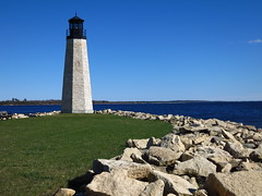 IMG_2050 Gladstone Light tower (jgagnon63@yahoo.com) Tags: lighthouse spring may lakemichigan gladstone lighttower greatlakeslighthouses canons110 deltacountymi gladstonelighthouse