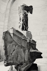 Winged Victory mono (tewhiufoto) Tags: paris art history monochrome mono louvre nike wingedvictoryofsamothrace tewhiufoto