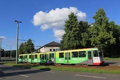 Duisbourg (Jean (tarkastad)) Tags: germany deutschland tram lightrail streetcar allemagne tramway lrt tarkastad strasenbahn