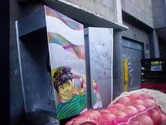Escucha tu corazon (D11 Urbano) Tags: art stencil phone arte venezuela caracas urbano venezolano escucha arteurbano d11 streetartvenezuela artvenezuela d11streetart arteurbanovenezuela d11art d11urbano