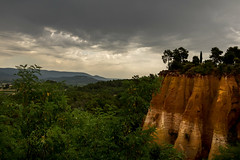 22072016-IMG_1748.jpg (KitoNico) Tags: roussillon france ocre vaucluse lubron panorama nuages clouds