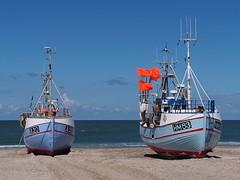 Thorup Strand, August 2016 (hunbille) Tags: thorup thorupstrand torup strand fishing boats beach denmark boat nordjylland kutter fiskekutter two northsea north sea vesterhavet cy2 challengeyouwinner