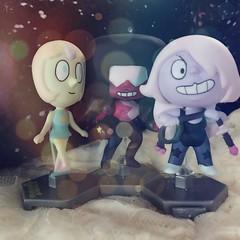 Phone dump! (shujinkakusama) Tags: toy figurine amethyst garnet pearl stevenuniverse