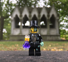 LEGO Collectible Minifigures Series 9 : Mr. Good and Evil (wiredforlego) Tags: lego toy minifigure cmf plastic 71000 cemetery graveyard chicago illinois ord