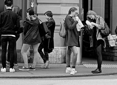 Breaktime (heiko.moser (+ 9.600.000 views )) Tags: break sw schwarzweiss street strasse streetart streetfotografie schwarzweis streetportrait streetfoto people personen publicity person portrait teen teens menschen monochrom mono entdecken einfarbig eyecatch young youngwoman canon candid city noiretblanc nb nero women woman frau jung girl bw blackwhite blancoynegro heikomoser