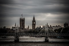 A ray of hope over parliament??? (Through_Urizen) Tags: citiestowns elizabethtowerbigben england jubileebridges london londoneye places riverthames travel travelphotography cloudy cloudysky clouds greysky ray sunrays canon1585mm canon70d canon outdoor outside bridges footbridge railwaybridge hungerfordbridge housesofparliament city capitalcity cityscape river skyline architecture water wow
