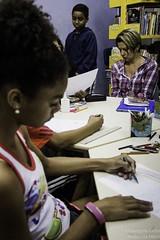 Elisngela Leite_Redes da Mar_5 (REDES DA MAR) Tags: americalatina biblioteca brasil complexodamare elisngelaleite favela infantil mare mariaclaramachado novaholanda ong oficinadeazulejo redesdamare riodejaneiro contaodehistoria leitura