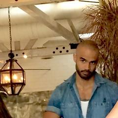 IMG_1009 (danimaniacs) Tags: friends beard scruff mansolo hot sexy man guy bald hunk bartender