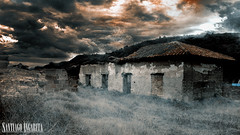 Scary Haunted House (Santiago Angarita) Tags: haunted house horror terror halloween witch bruja bewitched paranormal octobre octubre ghost phantom shadow dark darkness oscuridad oscuro terrorifico miedo fear pnico panic espanto scary temor brujera susto cajic colombia