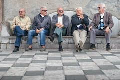 Old Men on a bench in Taormina // Trip Sicily (Merlijn Hoek) Tags: trip italien vacation italy island vakantie nikon fotografie sicily holliday taormina messina mediterraneansea eastcoast italië d800 shorttrip merlijn fotograaf toerist sicilië middellandsezee oostkust merlijnhoek nikond800