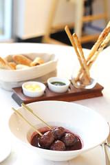 2014-10-28 04.52.15 (bayader14) Tags: food amsterdam la bahrain cafe fine east dining middle foodart carte plating cusine