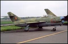 615 (091 fake) - Berlin Gatow (museum) 17.05.1996 (Jakob_DK) Tags: berlin 1996 ddr fresco mig gurevich mikoyan 091 615 mig17 gatow pzl gww eastgermanairforce lim5 lim5p ddrairforce edbg
