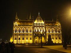 Hungarian Parliament (Alexanyan) Tags: city light night river europe hungary capital budapest magyar hungarian magyarorszag danume