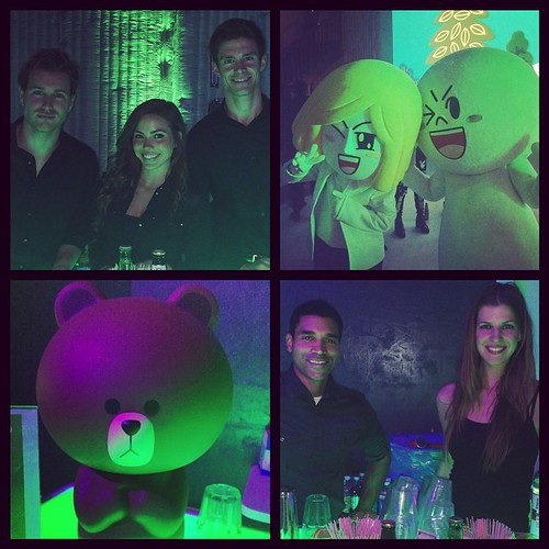 Line App live chat party was so fun! But where's #brown & #cony!? #Freakcity #Linegroupchatparty #lineapp #linechat @lineusa #events #eventlife #hollywood #bartenders  #staffing #vodka #beer #vitacoco #200ProofLA #200Proof 💋