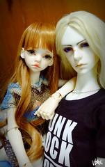 couple (CheshireCat28) Tags: couple bjd raymond dimdoll dollzone larina