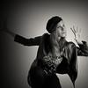 IRUÑA-Sesion-Zaloa-05-(b&w) (ikimilikili-klik) Tags: portrait bw byn girl studio model chica retrato bn modelo pamplona navarre navarra iruña nafarroa neska zaloa erretratua d700 nikond700 2470mmf28g nikkor2470mm