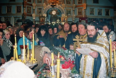 65. Архим. Арсений на погребении протоиер.Георгия (Луженцова) 2001 г