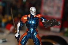 Revol Mini Gray Fox - Dual Wielding (Xomak) Tags: toys figure grayfox kaiyodo metalgearsolid yamaguchikatsuhisa cyborgninja metalgearsolidthetwinsnakes frankjaeger revolmini