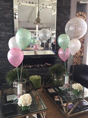 Tafeldecoratie 3ballonnen Verso aan het Strand Rockanje