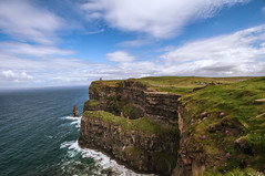 The Cliffs of Moher (~EvidencE~) Tags: ireland irish green nikon lucky cliffsofmoher evidence quigg