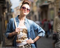 IMG_4604 (traccediscatti) Tags: donna moda ragazza occhiali pubblicit modella abbigliamento accessori acconciatura