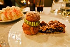 Pistachio cream puff and blueberry pie (A. Wee) Tags: france dessert restaurant hotel pashmina valthorens     lerefuge lebasecamp