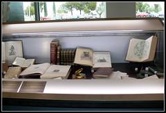 Jules Verne, pasin por la ciencia. Exposicin en la Escuela Politcnica Superior (Biblioteca de la Universidad de Zaragoza) Tags: huesca exposicin verne 2016 buz universidaddezaragoza bibliotecadelauniversidaddezaragoza bibliotecadelaescuelapolitcnicasuperior