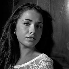 Aida (Imanol 6x6) Tags: portrait blackandwhite bw 120 6x6 film eh rolleiflex mediumformat kodak trix 400 mf nophotoshop sansebastian f28 donostia trl 500x500