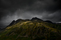 Great Langdale (FofR) Tags: landscape langdale lakedistrict greatlangdale clouds cloud moody storm epic brooding powerful ancient outdoors adventure hike land transientlight light lightonland
