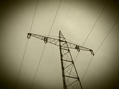 Bahnstrom (gittermasttyp2008) Tags: strommast strommasten strom stahlgittermast stahl stromleitung stahlmast spatziergang starkstrom sky powertower powerpole power pylon hochhaus highvoltage hochspannungsmast highvoltagetower freileitung bahnstrommast bahnstrom