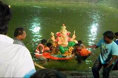 Ganesh Visarjan 2010 (Bangalore) 119 (umakant Mishra) Tags: bangalore hindureligion ganapati visarjana bangaloreevents umakantmishra soubhagyalaxmimishra ganeshvisarjana ursoorlake