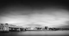Rochester and the Medway (Richard Reader (luciferscage)) Tags: 2016 fuijifilmxt1 fujixt1 june medway rochester longexposure river mono bw bnw blackandwhite cathedral castle bridge cloud landscape