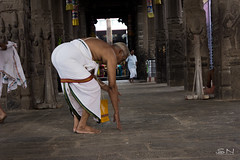 Prayers (Shan | Capture Machine) Tags: morning india canon temple god traditional ngc trust 1855mm shan devotee chennai prayers tamilnadu twop cwc ngs godislove natgeo triplicane templetank praytogod morningscenes chennaiweekendclickers weekendclickers triplicanetemple capturemachine shanmuganathanphotography walk536