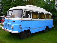 Robur Camper (Zappadong) Tags: auto camping bus classic car truck automobile voiture coche classics oldtimer caravan camper mobilehome autobus oldie carshow wohnmobil omnibus lastwagen lkw youngtimer 2016 automobil bockhorn robur mobilhome oldtimertreffen zappadong