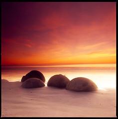 Moeraki Boulder Day 1 (Eason Zhang) Tags: ocean newzealand rock twilight carlzeiss hasselblad500cm 50f4distagon