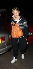 (One Direction Archive) Tags: white black walking hoodie phone serious fulllength plasticbag converse onepiece battersea cardigan onthephone shoppingbag tracksuitbottoms niallhoran xfactorcontestants leavingrehearsals