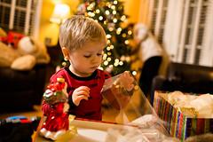 20141201_Christmas Decorating_IMG_0279 (Tom Cannon) Tags: louisvillephotographer kentuckyphotography kyphotography louisvillephotography kentuckykyphotographer thomascannonphotographyllc thomascannonphotography