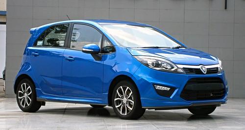 blue car atlantic malaysia gsc 16 hatch premium proton compact hatchback shah alam 5door pcc 2014 betul 16l onz iriz betul2 p230a