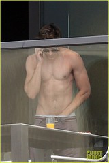 Zac Efron (johnnyjuarez) Tags: shirtless sunglasses candid balcony sydney cellphone australia mobilephone brownpants handsdownpants zacefron