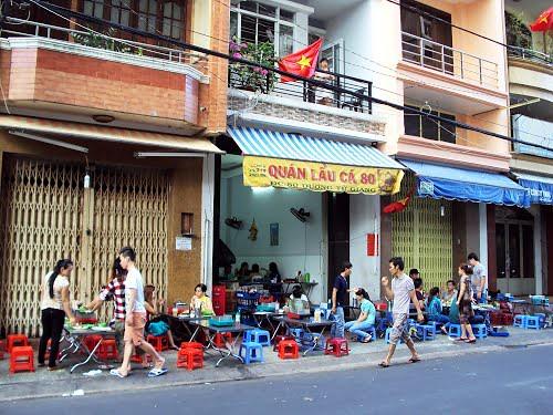 3 quán lẩu bình dân sưởi ấm Sài Gòn 2
