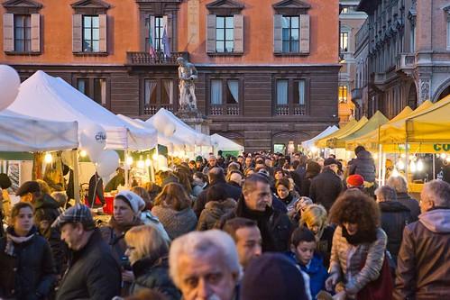 Natele 2014_Mercatino in piazza Prampolini
