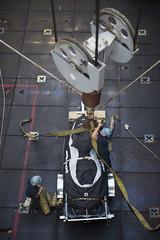 USS Comstock (LSD 45)_141212-N-CU914-189 (U.S. Naval Forces Central Command/U.S. Fifth Fleet) Tags: sea island exercise hawk flight navy lenny deck lacrosse platforms harrier makin certification av8b certex mh60 hooyah