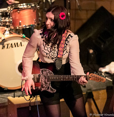 Dani Wilde @ Blues Garage 2014-23.jpg (HuNosBlues) Tags: music concert guitar live blues isernhagen bluesgarage rufrecords daniwilde 20yearsanniversaryconcert