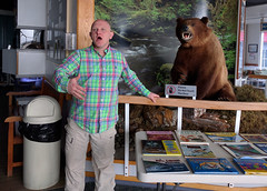Macaulay Salmon Hatchery (JonathanWolfson) Tags: bear hatchery